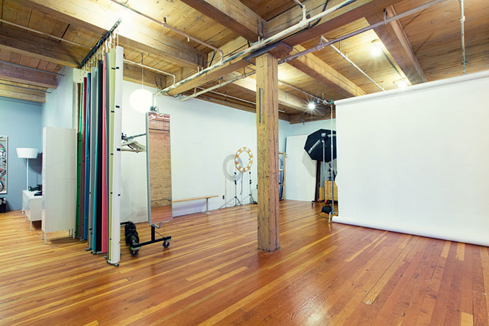 wide shot of Minneapolis photo studio